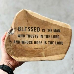 Jeremiah 17-7 tekst op teak vaderdag christelijke tekst woordenvanwaarheid
