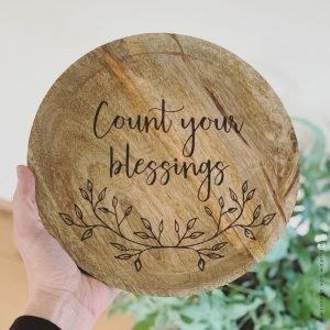 Count your blessings mango 1 christelijke tekst op hout plank bijbeltekst woordenvanwaarheid